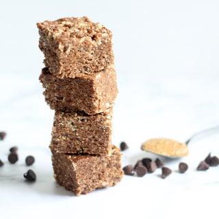 the BEST chocolate peanut butter Rice Krispie Treats recipe -- easy, delicious no-bake dessert idea. #ricekrispies #chocolate #peanutbutter #ricekrispietreats #chocolatepeanutbutter #nobake #dessert #cereal treats